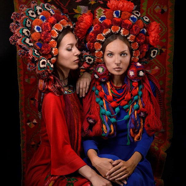 beautiful-traditional-ukrainian-flower-crowns-costume (3)