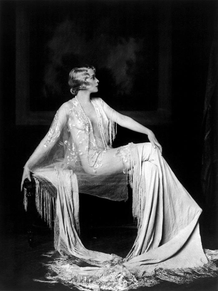 modern-fashion-1920s-women-dress-clothing-style (14)
