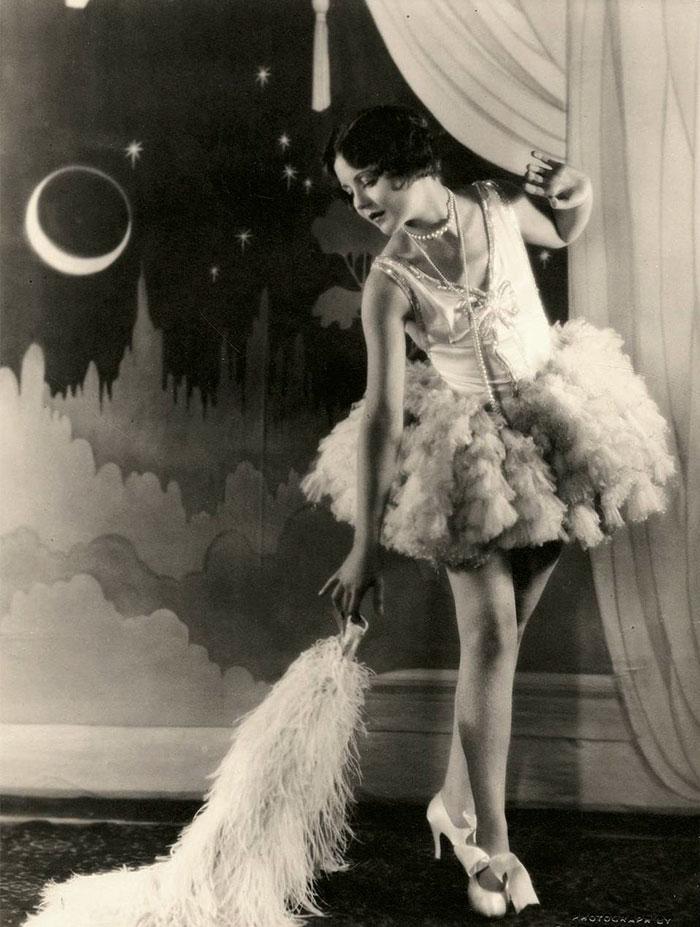 modern-fashion-1920s-women-dress-clothing-style (2)