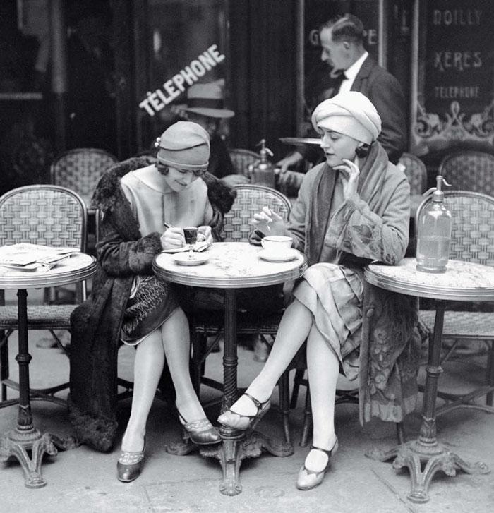 modern-fashion-1920s-women-dress-clothing-style (7)