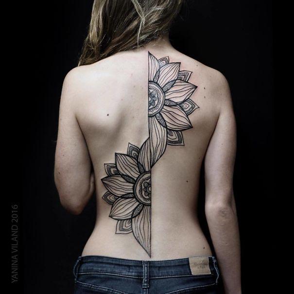 30个最好的脊柱纹身插图(5)