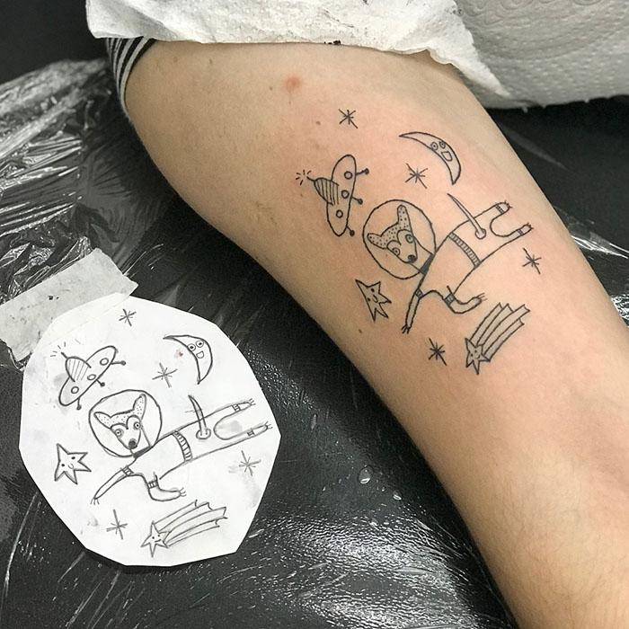 这位纹身艺术家没有高超的绘画技巧,但这也是她的客户选择她的原因插图(24)