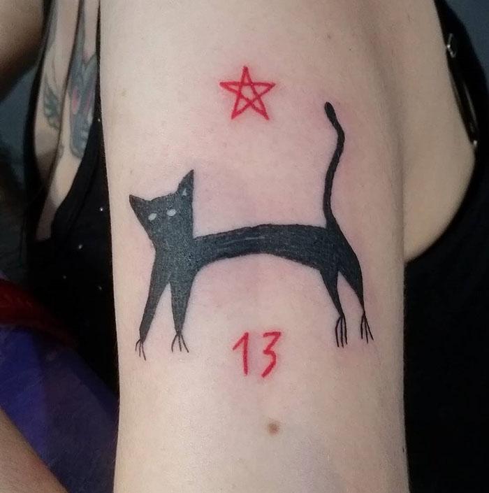 这位纹身艺术家没有高超的绘画技巧,但这也是她的客户选择她的原因插图(7)