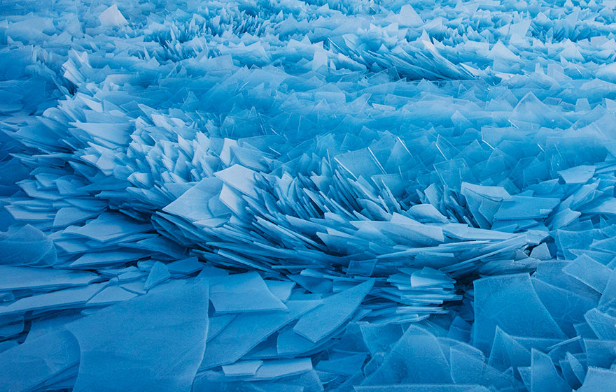 冰冻的密歇根湖仿佛魔幻世界插图4