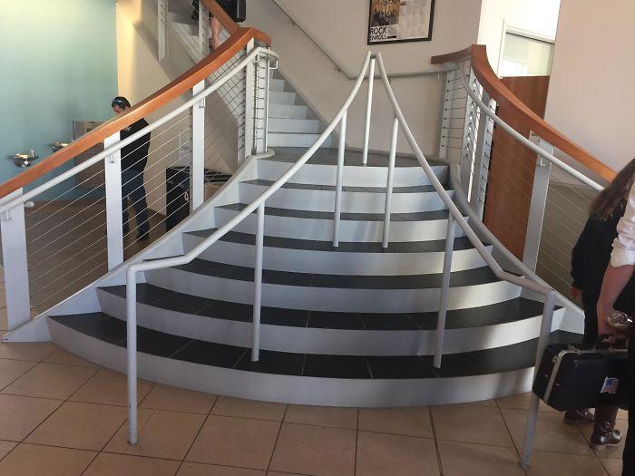 可怕的楼梯设计实例插图(12)