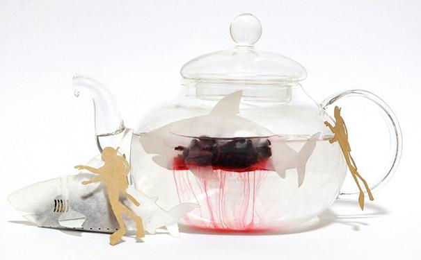 流血的鲨鱼茶包插图