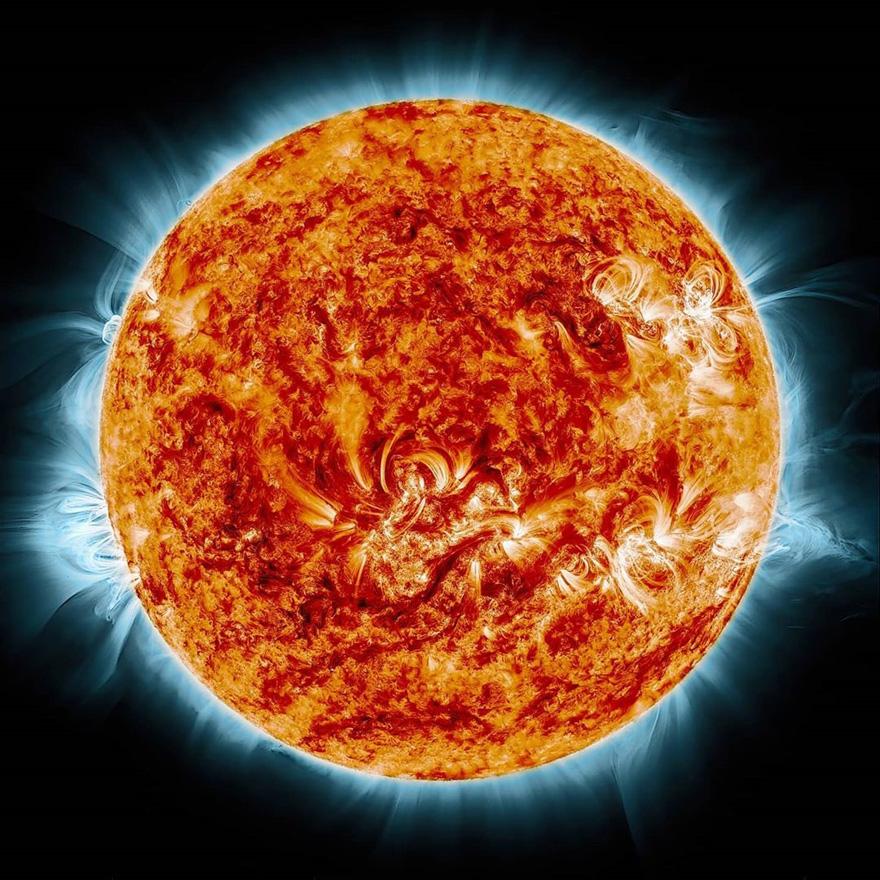 摄影师在他家后院抓拍到了国际空间站与太阳和月亮交错而过的照片插图4